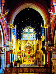 The Corpus Christi Catholic Church on Maiden Lane (Steve Taylor (Photography)) Tags: architecture digitalart colourful uk gb england greatbritain unitedkingdom london corpuschristicatholicchurch coventgarden maidenlane stand
