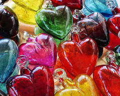 heart of glass.jpg (remiklitsch) Tags: heart glass color colorful mexico leica remiklitsch pink red yellow green blue ornament lasventanasalparaiso