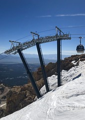 Hang On! - Road Trip 2019 (ToGa Wanderings) Tags: snow summer california highway 395 travel trip road peak snowy ride gondala mountain mammoth structure top gondola