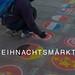 Kunstprojekt und Straßenmalerei zeigt verschiedene Landesflaggen, mit dem Bildtitel