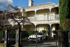 Grand Victorian terraced houses, Armadale (Joe Lewit) Tags: variosonnart28163 armadale melbourne terraces streetscape castironlacework