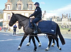 """bootsservice 19 2010867 (bootsservice) Tags: uniforme uniformes uniform uniforms bottes boots """"riding boots"""" eperons spurs cavalier cavaliers rider riders cheval chevaux horse horses gants gloves """"police nationale"""" police policier policiers policeman policemen"""