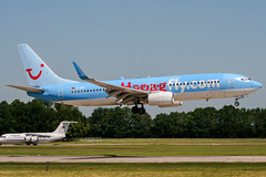 D-AHFI (PlanePixNase) Tags: aircraft airport planespotting haj eddv hannover langenhagen boeing 737800 737 b738 tui tuifly hapaglloyd hapagfly