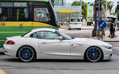 (seua_yai) Tags: bmw z4 germancar automobile car asia china prc candid people transportation traffic wheels street china2019 chinamacau2019