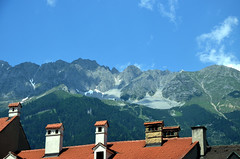 Innsbruck, Alps seen from Domplatz-DSC_2379p (Milan Tvrdý) Tags: alps alpen chimney tirol austria osterreich innsbruck domplatz tyrol