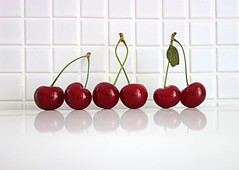 three pairs of sour cherries (majka44) Tags: macro cherries light red fruit 2019 sony white green lifestyle pairs sourcherries kitchen reflection food vitamins nice composition stilllife