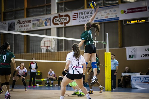 """11022017-ESCV_volley (76)_DxO • <a style=""""font-size:0.8em;"""" href=""""http://www.flickr.com/photos/149266365@N03/48230936381/"""" target=""""_blank"""">View on Flickr</a>"""