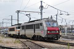 BB 26070 à Lyon Mouche (Alexoum) Tags: sncf lyon mouche bb26000 bb7200 26070 locomotive dépôt