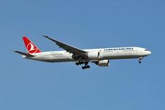 TC-JJS Boeing 777-3F2ER at CYYZ (yyzgvi) Tags: tcjjs boeing 7773f2er turkish airlines turk hava yollari cyyz yyz toronto pearson mississauga ontario