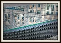 aufgetischt / Alle Rechte vorbehalten © AndiDroid ;-) (AndiDroid ;-)) Tags: andidroid foto photo photography photographie stadt city cityphotographie cityphotography spiegelung reflexion reflections fenster glas glass windows glasscheibe glasspane explore stadtblickwinkel cityperspective gläsernewelten glassworlds
