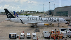 26932 • Star Alliance 757 (N14120) (Visual Approach Graphics & Imaging) Tags: fortlauderdale fll kfll ual ua unitedairlines staralliance 757200 wl 757224