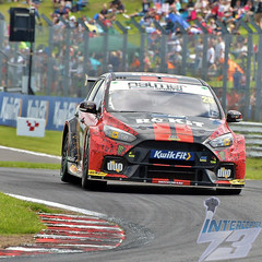 Photo of Nic Hamilton, Rokit Racing with Motorbase Ford Focus RS, 2019 BTCC R14, Oulton Park, 30th June