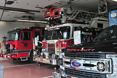 Levittown Fire Department Engine 627 · Ladder 626 · EMS Ambulance 6213 (Triborough) Tags: ny newyork nassaucounty levittown lfd levittownfiredepartment firetruck fireengine engine engine627 pierce enforcer ladder ladder626 dash ems ambulance ambulance6213 6213 ford fseries f350 demers