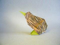 Kiwi - Hiroaki Kobayashi (Rui.Roda) Tags: origami papiroflexia papierfalten bird oiseau ave kiwi hiroaki kobayashi
