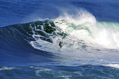 MAYA GABEIRA  / 6034ANB (Rafael González de Riancho (Lunada) / Rafa Rianch) Tags: surf waves surfing olas sport deportes sea mer mar nazaré vagues ondas portugal playa beach 海の沿岸をサーフィンスポーツ 自然 海 ポルトガル heʻe nalu palena moana haʻuki kai olahraga laut pantai costa coast storm temporal
