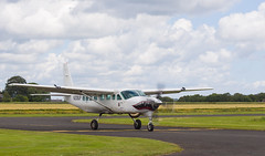 N208UP Cessna 208, Scone (wwshack) Tags: caravan ce208 cessna cessna208 egpt psl perth perthkinross perthairport perthshire peterlee scone sconeairport scotland parachute n208up