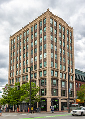 The Central Square Building (Eridony (Instagram: eridony_prime)) Tags: cambridge middlesexcounty massachusetts metroboston centralsquare constructed1926