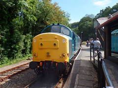 37142 Bodmin Parkway (4) (Marky7890) Tags: 37142 class37 bodminparkway bodminwenfordrailway cornwall heritage diesellocomotive