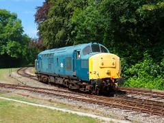 37142 Bodmin Parkway (3) (Marky7890) Tags: 37142 class37 bodminparkway bodminwenfordrailway cornwall heritage diesellocomotive