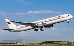 ORY | Kingdom of Bahraïn Boeing 767-400 | A9C-HMH (Timothée Savouré) Tags: kingdom bahraïn bahreïn boeing 767 767400 a9chmh paris orly vip govjet takeoff