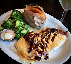 B'Q Drizzle (LarryJay99 ) Tags: resturant eatery rubytuesdays food plated meal royalpalmbeach florida