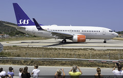 Scandinavian Airlines Boeing 737-783 LN-RNW @ Skiathos Airport (LGSK/JSI) (Joshua_Risker) Tags: skiathos airport lgsk jsi island alexandros papadiamantis greece aircraft aviation plane planespotting planespotter avgeek jet scandinavian airlines sas boeing 737 737700 b737 737783 lnrnw