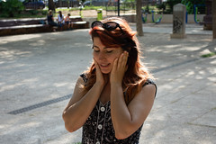 Viandante 05 (dorieo21) Tags: streetphotography woman girl mujer femme people gente gens nikon d7200 portrait retrato bella belle beauty beautifiul guapa fille