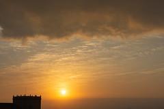 Amanecer en Valencia 74 (dorieo21) Tags: sun solo soleil cielo sky ciel clouds nube nuage sunrise amanecer aurore aurora nikon d7200 valencia