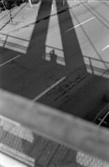33 (mati.a) Tags: selfportrait selfie chile 35mm analog puente bridge film bw nikon fm2 nikonfm2 kodak kodaktrix kodaktrix400 trix400 trix