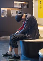 une petite sieste (Pti Scarabée) Tags: people japon japan sapporo hokkaido sieste