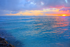 Waikiki Beach Sunset - Honolulu, Oahu, Hawaii (J.L. Ramsaur Photography) Tags: jlrphotography nikond7200 nikon d7200 photography photo oahuhi 25thanniversary honolulucounty hawaii 2019 engineerswithcameras islandsofhawaii photographyforgod hawaiianislands islandphotography screamofthephotographer ibeauty jlramsaurphotography photograph pic oahu tennesseephotographer oahuhawaii 25years anniversarytrip bucketlisttrip thegatheringplace 3rdlargesthawaiianisland 20thlargestislandintheunitedstates therainbowstate waikikibeach waikiki waikikibeachsunset hawaiisunset oahusunset sunset sun sunrays sunlight sunglow orange yellow blue clouds sky skyabove allskyandclouds wherethemapturnsblue ilovethebeach ocean bluewater blueoceanwater sea waves pacificocean landscape southernlandscape nature outdoors god'sartwork nature'spaintbrush god'screation