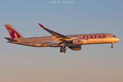 Qatar A350-941 A7-ALV (José M. Deza) Tags: 20190629 a350941 airbus bcn elprat lebl planespotting qatarairways spotter aircraft