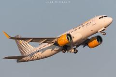Vueling A320-271N EC-NDA (José M. Deza) Tags: 20190703 a320271n airbus bcn ecnda elprat lebl planespotting spotter vueling aircraft