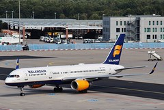 TF-FIP Icelandair Boeing 757-208(WL) at  Frankfurt AM Airport . (Bob Symes) Tags: tffip b757208 b757 30423 icelandair jet airliner boeing