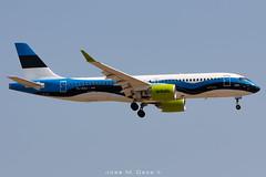 "Air Baltic A220-300 YL-CSJ ""Estonian flag"" livery (José M. Deza) Tags: 20190706 a220300 airbaltic airbus bcn bd5001a11cs300 bombardier elprat lebl planespotting spotter ylcsj aircraft"