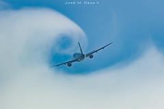 Surfing the clouds (José M. Deza) Tags: 20190630 bcn elprat lebl planespotting spotter aircraft
