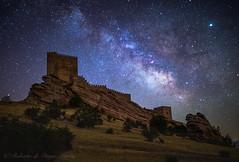 Castillo de Zafra (Roberto_48) Tags: ngc nocturna night larga exposicion noche estrellas via lactea milky way castillo zafra