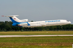 RA-85185 (PlanePixNase) Tags: aircraft airport planespotting haj eddv hannover langenhagen tupolev tu154 t154 pulkovo