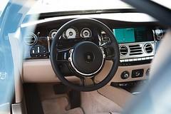 Bewertet das Rolls Royce Cockpit auf einer Skala von 1-10 #pallascapital #floriankoschat #rollsroyce #cockpit #luxus #wraith (floriankoschat) Tags: florian koschat pallas capital investment banking