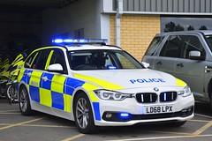 LD68 LPX (S11 AUN) Tags: humberside police bmw 330d touring anpr traffic car rpu roads policing unit 999 emergency vehicle ld68lpx
