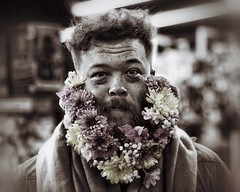 desaturated (gro57074@bigpond.net.au) Tags: guyclift june2019 comiccon supernova man beard flowerbeard flowers portrait posed effects postprocessing processed desaturated 70200mmf28 nikkor d850 nikon
