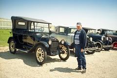 USA-La Louisiane, une colection de vieille voitures chez Tabasco (Roger-11-Narbonne) Tags: voiture louisiane usa mississippi fleuve eau maison paysage rivière sauce tabasco lac sel vieille