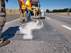WSDOT crews paint lane markings on I-182 in the Tri-Cities area (WSDOT) Tags: i182 maintenance paint lanemarking 2019 july wsdot