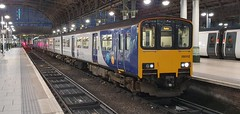 Northern 150112 - Manchester Piccadilly - 2B54 (Lukas Gwynne) Tags: class150 1501 150 class 150112 northern northernrail 2b54 manchesterpiccadilly manchester piccadilly buxton 150218
