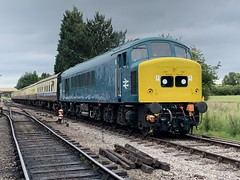 45149 heads for Cheltenham (372Paul) Tags: class26 class45 brcw peak 5310 5343 class20 8137 ye2760 yorkshireengineco toddington 35006 bullied merchantnavy gwsr gloucestershirewarwickshirerailway sulzer englishelectric