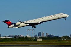 N695CA (Delta Conn. - Endeavor Air) (Steelhead 2010) Tags: deltaairlines deltaconnection endeavorair bombardier crj crj900 yyz nreg n695ca