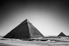 Great Pyramids of Giza, Egypt (pas le matin) Tags: bw nb blackandwhite noiretblanc monochrome travel voyage world egypt égypte afrique africa canon 7d canon7d canoneos7d eos7d greatpyramid grandepyramide cairo lecaire giza gizeh pyramide pyramid ancient antique antiquité antiquity architecture wonder merveille sand sable desert sahara ruins ruines greatpyramidofkhufu pyramidofkhufu khufu pyramidofcheops pyramidedekhéops cheops khéops grandepyramidedegizeh pyramidedekhéphren khéphren pyramidofkhafre khafre pyramidofchephren chephren