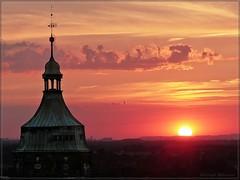 Sommerabend (Christoph Bieberstein) Tags: deutschland germany sachsen saxony pirna kirchturm marienkirche dresden sommerabend sonnenuntergang sundown abendrot