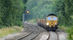 66556 - Wilnecote, Staffordshire (The Walsall Spotter) Tags: wilnecote railway station westmidlands staffordshire class66 diesel locomotive 66556 uk freight doncaster woodyard fairwater yard britishrailways networkrail
