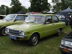 Mazda 1300 LS 1977 (929V6) Tags: 93st22 sidecode3 onk fa
